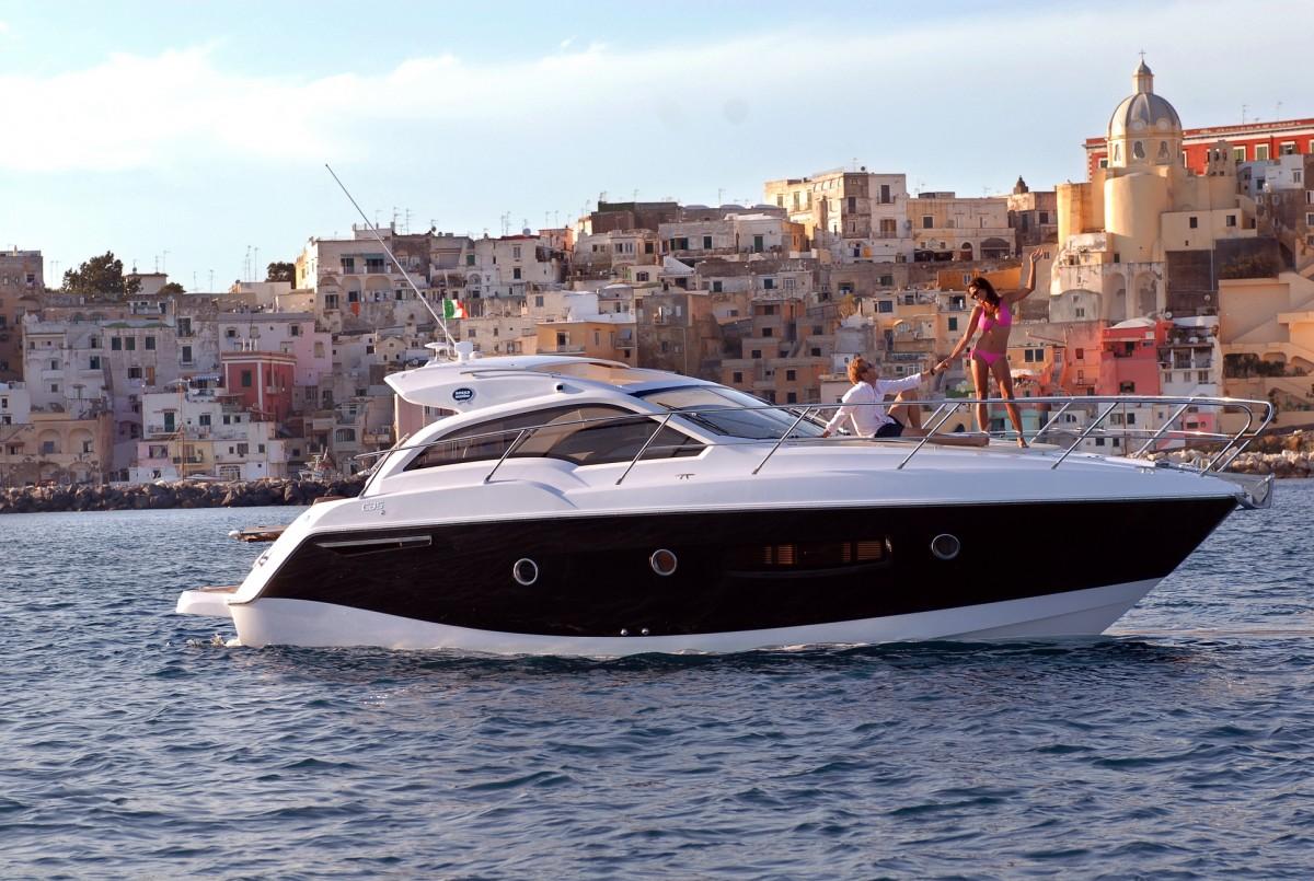 Sessa C35 Cruiser Line