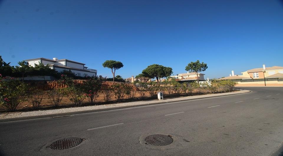 Terreno em urbanização perto da Quinta do Lago_2