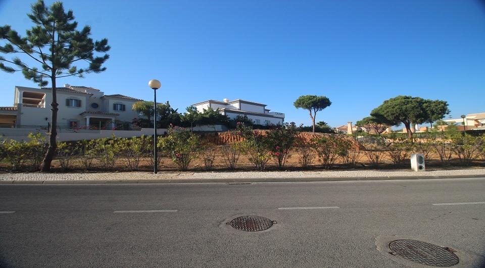Terreno em urbanização perto da Quinta do Lago_3