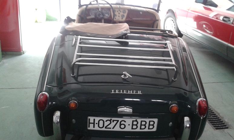 Triumph TR3A roadster-2