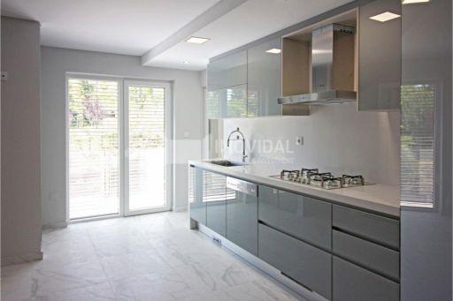 Apartamento T4 - Condomínio - Oeiras