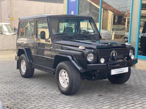 Mercedes-Benz G 230